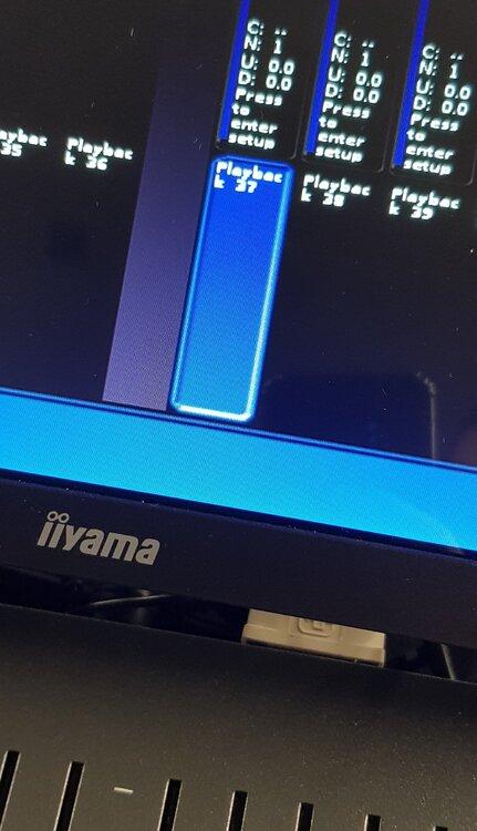 FLXS48bug.thumb.jpg.8e9b46c16e8b033e537198147c8ab402.jpg